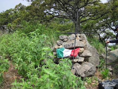 Cruz en el Cerro la Chupinaya - Chapala