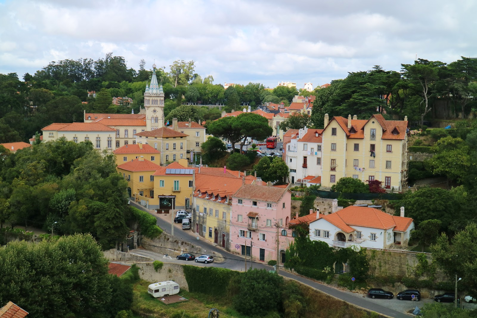 how to get to sintra from lisbon