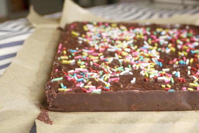 5 Easy Steps of No-Bake Nutella Bars