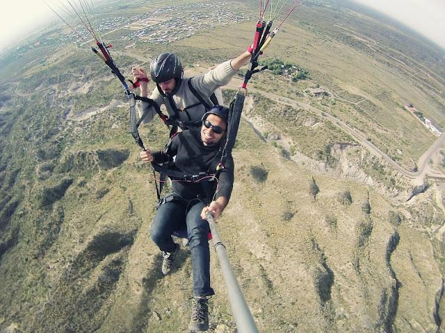 Salto de parpente em Mendoza.