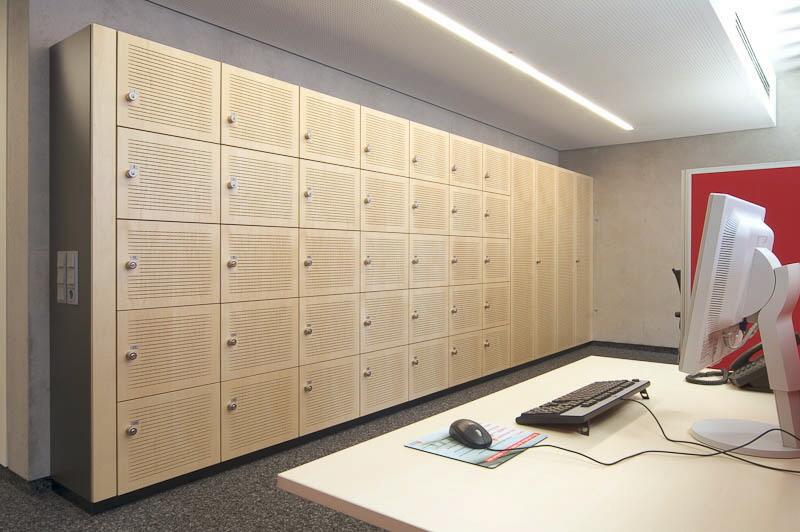 schalld mmung f r w nde und decken akustikplatten akustikplatten und akustikw nde akustikdecken. Black Bedroom Furniture Sets. Home Design Ideas