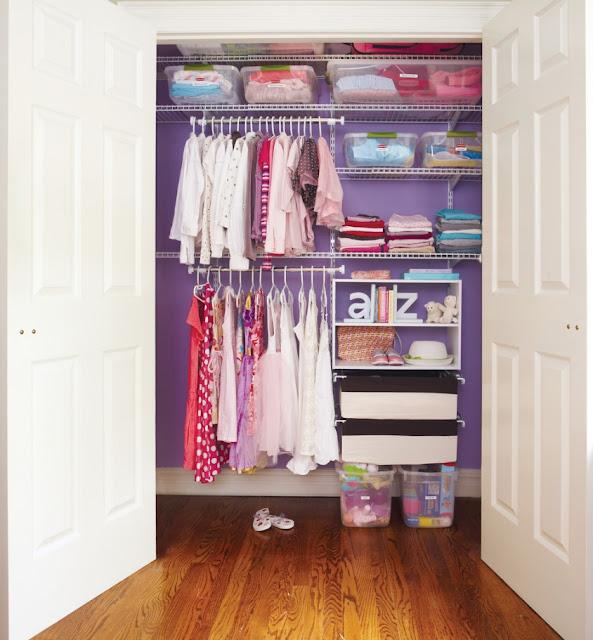 armadio bambini pulizia di primavera e decluttering