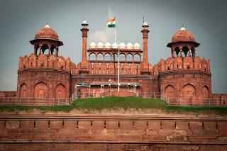 मैं जाता हूँ दिल्ली