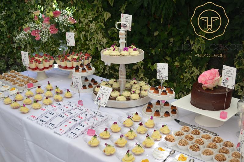 Outstanding Buffet Sucre Alice Au Pays Des Merveilles Lions Cakes Home Interior And Landscaping Ologienasavecom