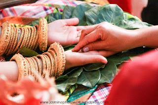 Acara Mappacci dalam adat pernikahan suku bugis. Sejarah Asal Usul Suku Bugis (Tau Ugi)