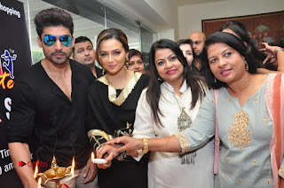 Bollywood Actress Sana Khan Launches Aakrithi Exibition  0294.JPG