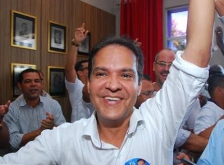 Prefeito de Bom Jesus da Lapa é eleito presidente da UPB