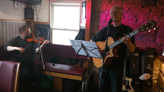 fiddlers pub performance in arran