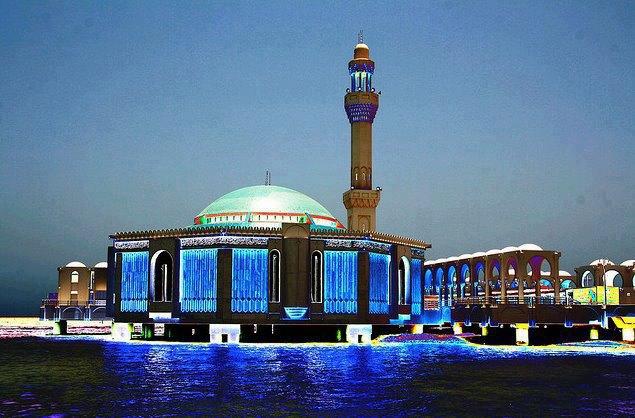 نتيجة بحث الصور عن المسجد العائم في جدة