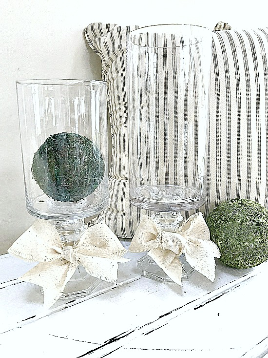 How to Make a DIY Pedestal Vase using Thrift Store Finds. Homeroad.net
