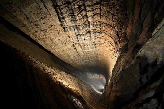 Krubera Cave, gua vertikal terdalam di dunia