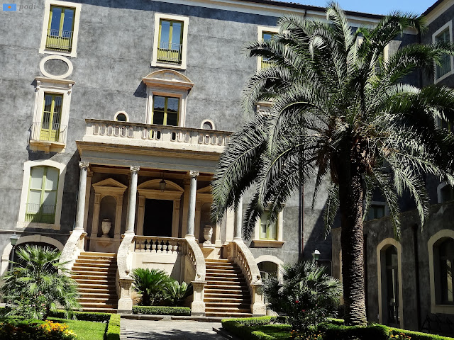 scalinata a due rampe - san giuliano a Catania