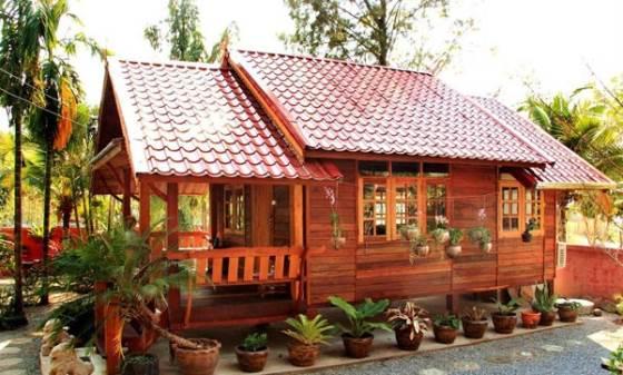 Rumah kayu mungil yang ramah lingkungan