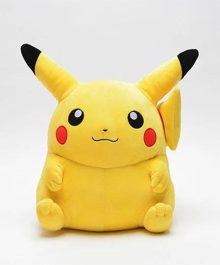 Boneka Pokemon Furret Berskala 1 banding 1 ini Mungkin Bisa Lebih Tinggi dari Kamu