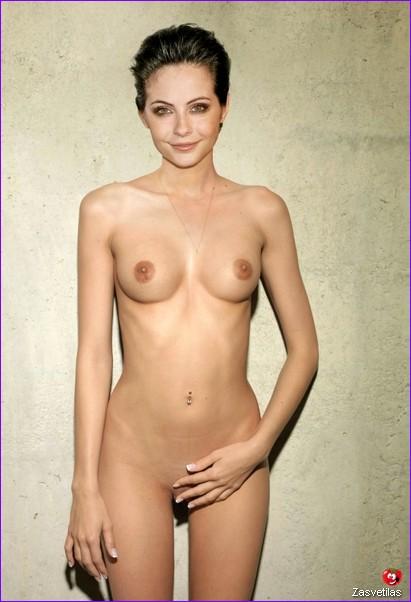 Уилла Холланд без одежды
