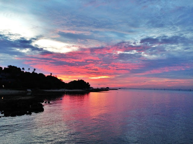 Watch the beautiful sunset at Batam