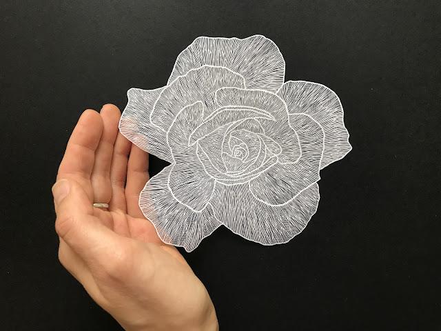繊細すぎる切り絵作品??一枚の紙から切られるアートな切り絵【a】