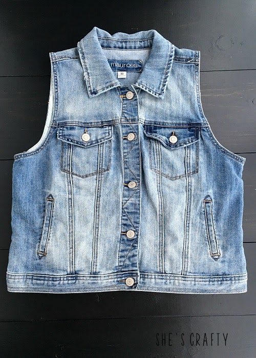 How to style clothes for moms with Pinterest - Outfits for moms - denim vest