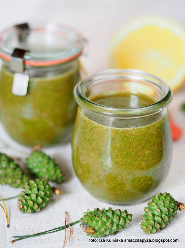 zielone szyszki, dzem sosnowy, szyszunia, owoce sosny, co zrobic z szyszek, dzem bez pasteryzacji, konfitura sosnowa, szyszeczki, sosna zwyczajna