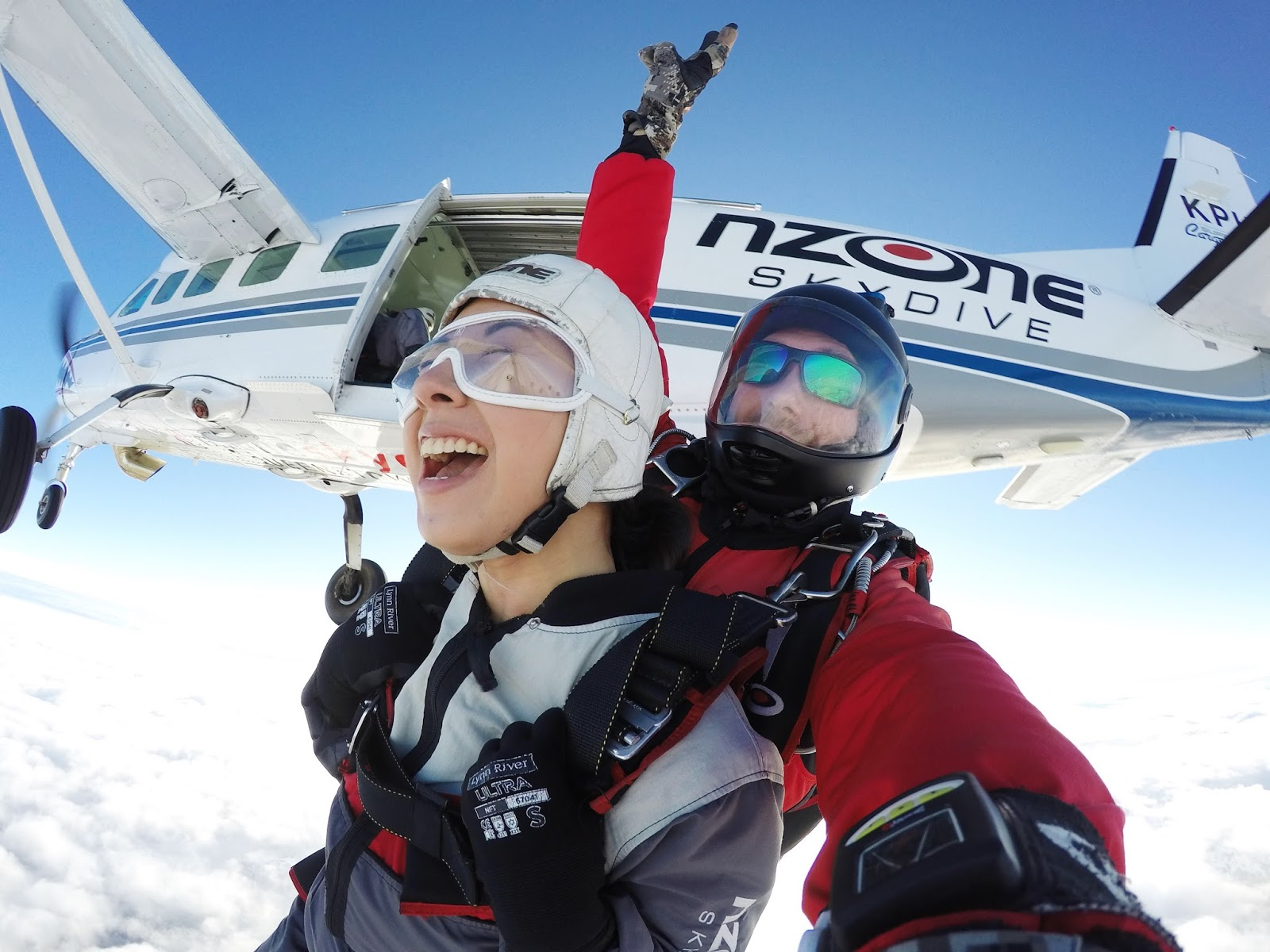my first skydiving experience essay The experience doesn't feel like  skydiving history and today essay - the first ideas of freefall did not consider the  physics of skydiving essay.