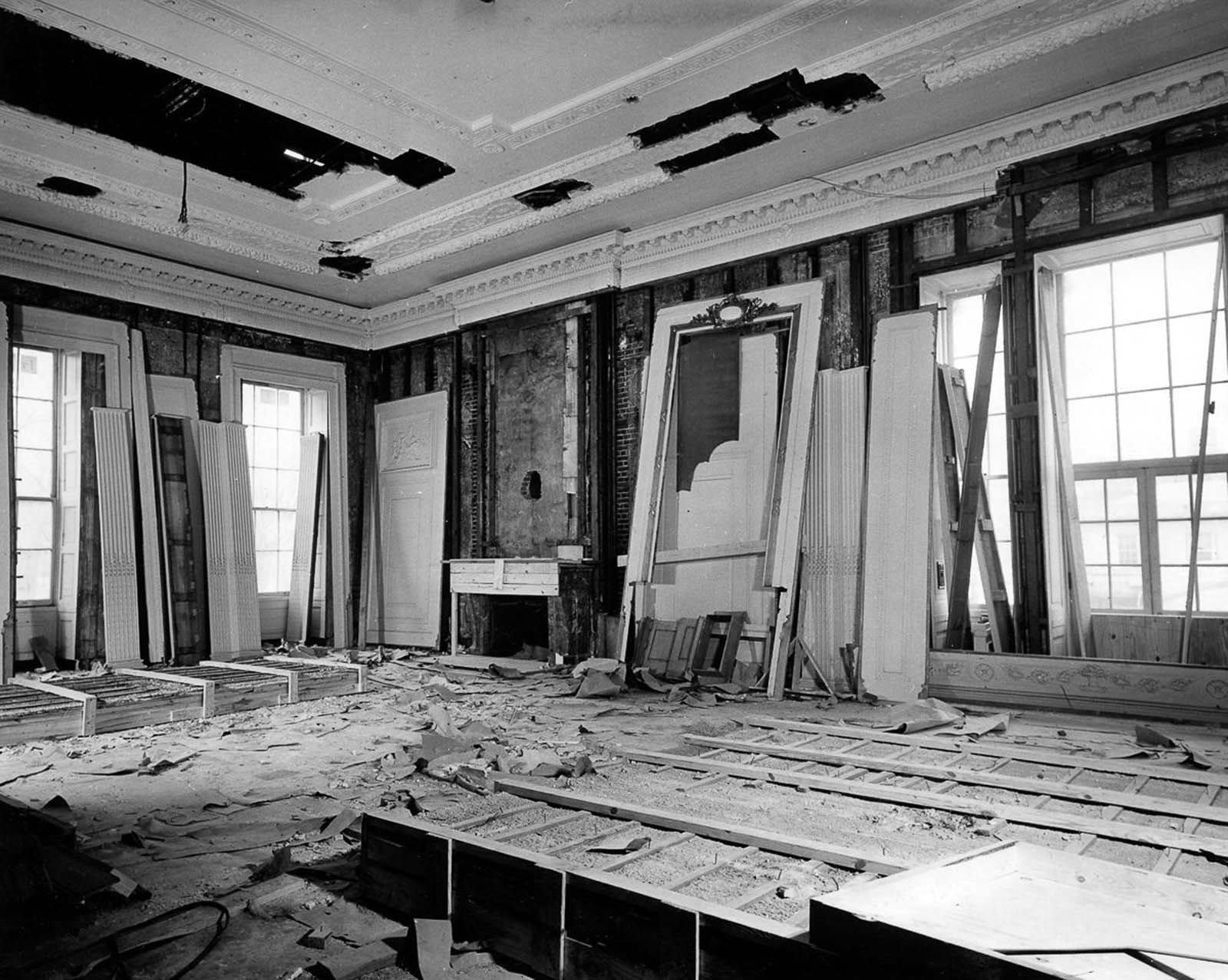 White House - East Room. 1950.