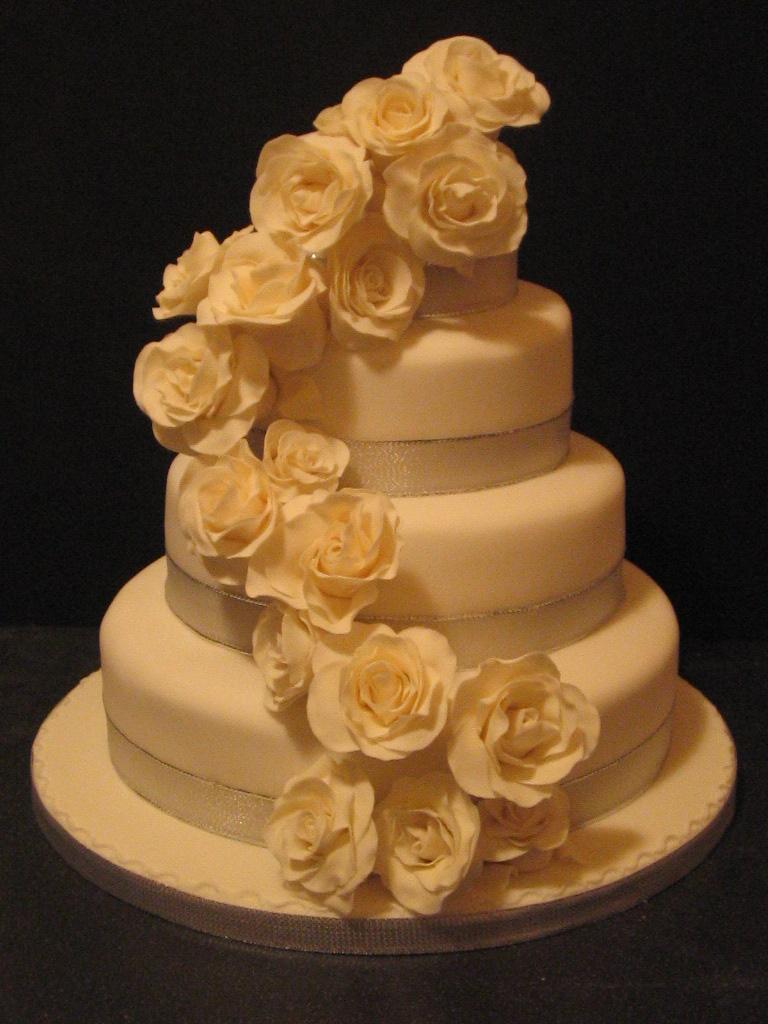 Carina S Cakes White 4 Tier Wedding Cake With Cream