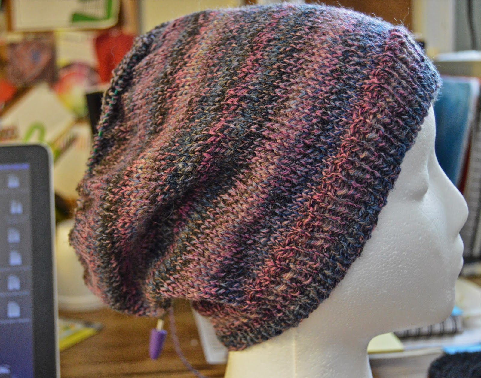 teens and womens slouchy hat https://www.etsy.com/shop/JeannieGrayKnits