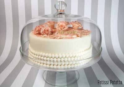 dummy, gâteau factice, gâteau fleuri, gâteau romantique, faux gâteau, décoration de gâteau, modelage de roses, modeling flowers, gumpaste, pâte à sucre,patissi-patatta