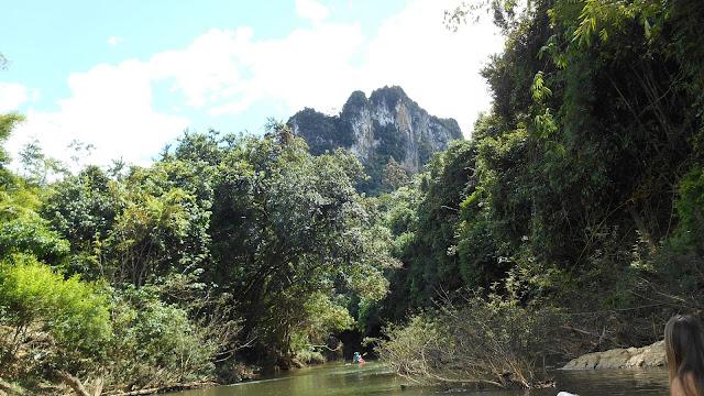 сплав по реке Сок в парке Кхао Сок