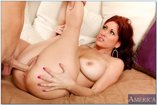Tiffany-Mynx-%3A-Fucking-in-the-couch-with-her-average-body-%23%23-NAUGHTY-AMERICA-r6vw10jff0.jpg
