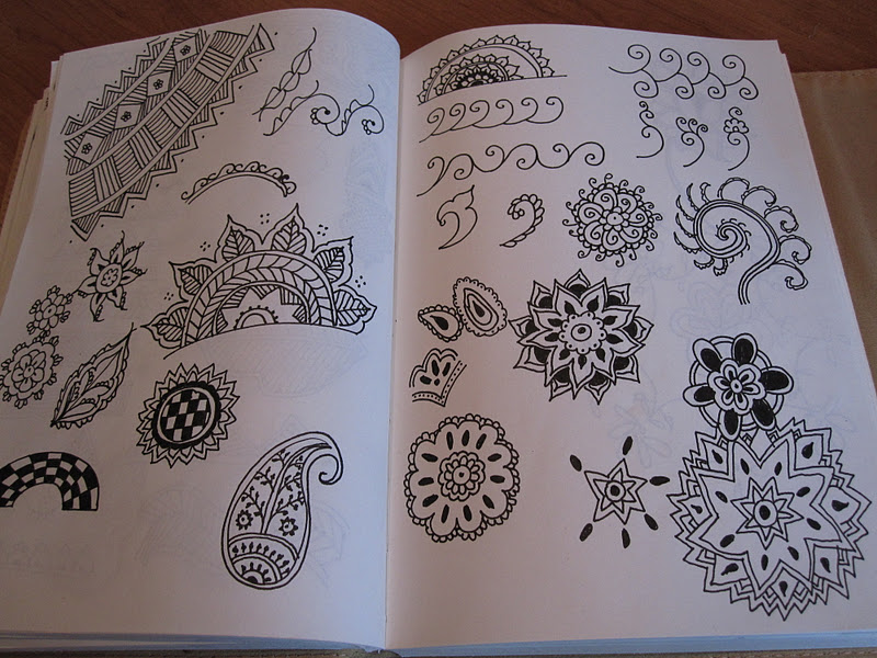 how to draw mehndi designs on paper step by step