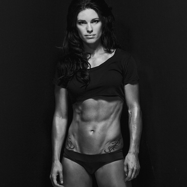 Inst Fitness Models Amber Dodzweit 01