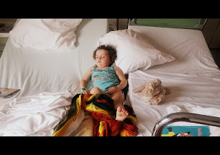 cododo sommeil bébé hopital wrapsody écharpe portage bambin
