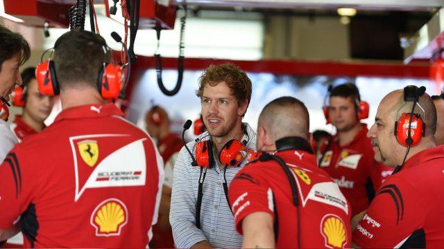 Vettel Risih dengan Banyaknya Kritik Untuk Ferrari