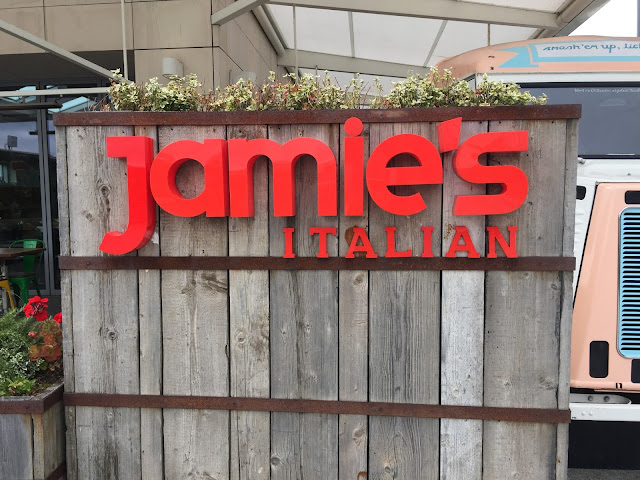Jamie's Italian sign