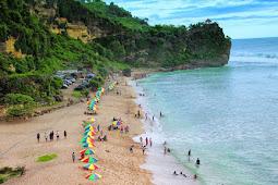 Destinasi Wisata Pantai Simbaronce, Trenggalek