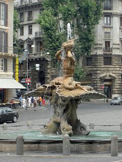 Photo of the Fontana del Tritone