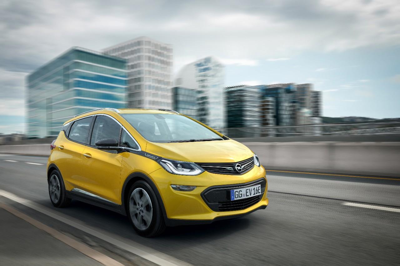 Μεγάλη διάκριση: Το Opel Ampera-e απέσπασε το 'Paul Pietsch Award'