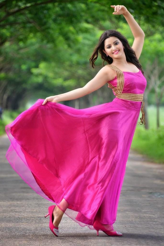 Bangladeshi Hot Actress Pori Moni Sexy Picture Collections -7934