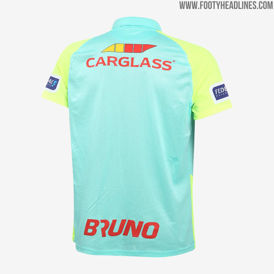 Developed in the betis system, he amassed la liga totals of 40 matches and three goals for that club and rayo vallecano.in 2014 he signed with genk from swansea city, going on to spend several seasons in the belgian first division a with the former team. 100% Teamwear: Genk 20-21 Home, Away, Third & Goalkeeper