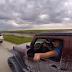 Tiras selfies enquanto conduzes?