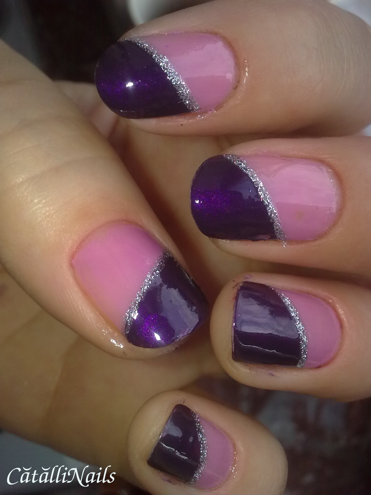 Nails Art Tutorials: Unghii cu Inimioara Roz - Little Pink