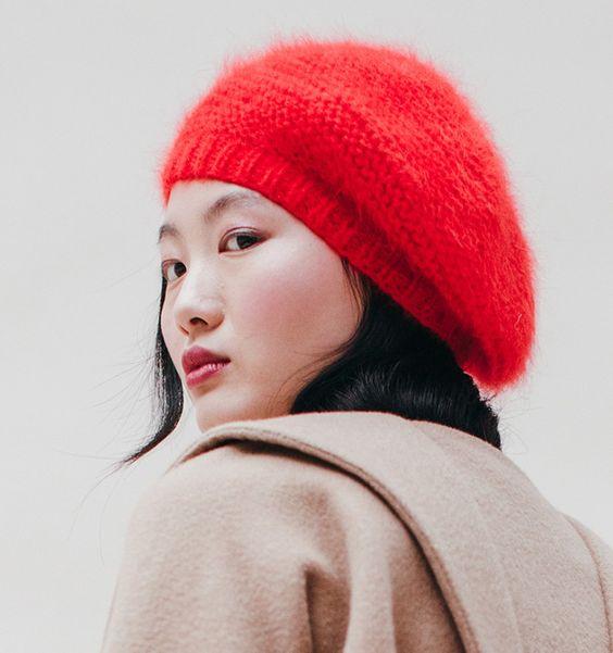 berretto ricamato Jennifer Behr, basco angora rosso