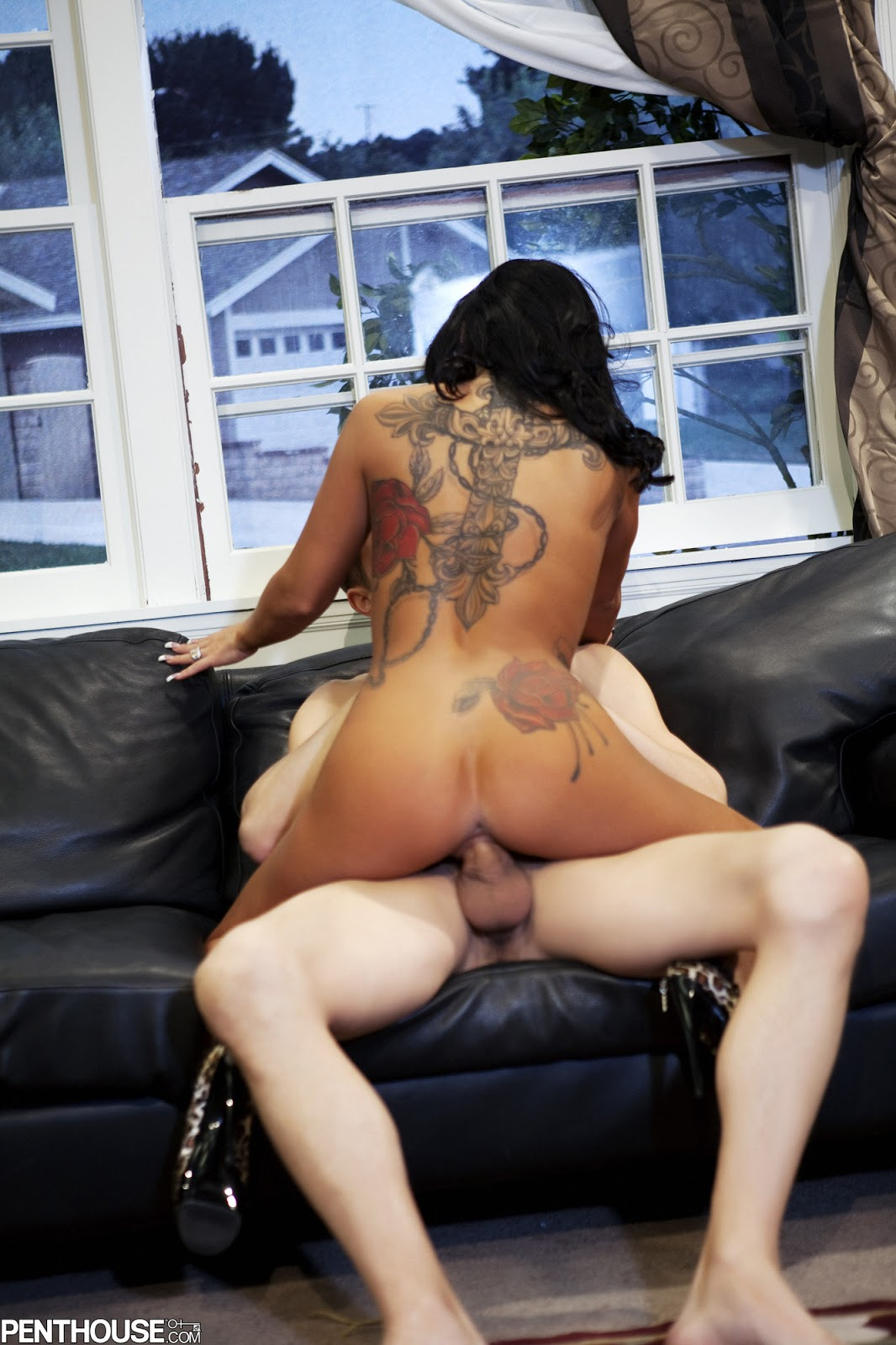 Naked girl fuck in the office
