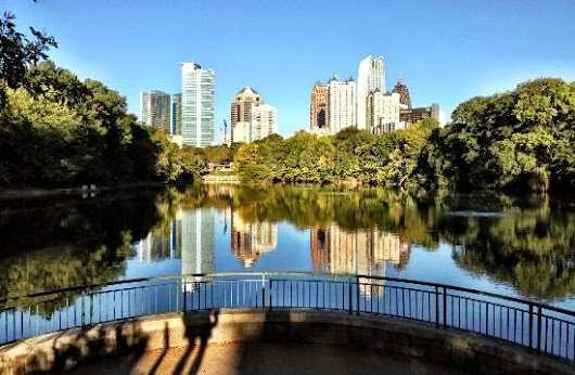 A walk in Piedmont Park | Here's What You Do