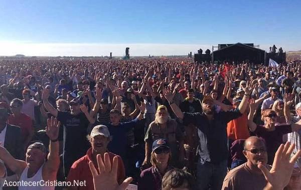 Miles de cristianos se reúnen para orar por Sudáfrica