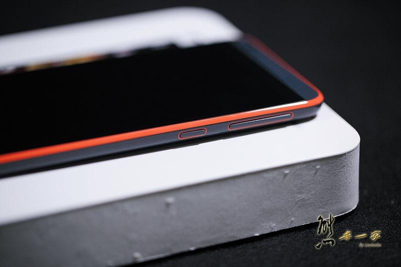 HTC Desire 820 826