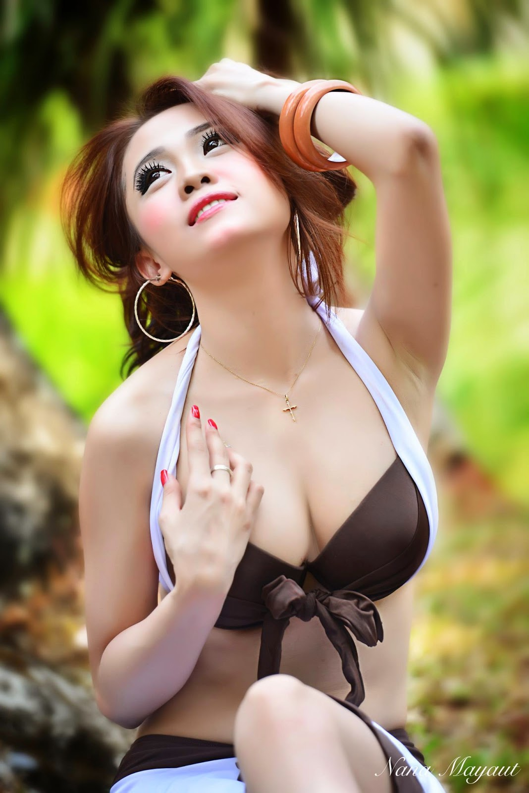 MARIA PARK HOT PHOTOSHOOT   Indonesian Girls