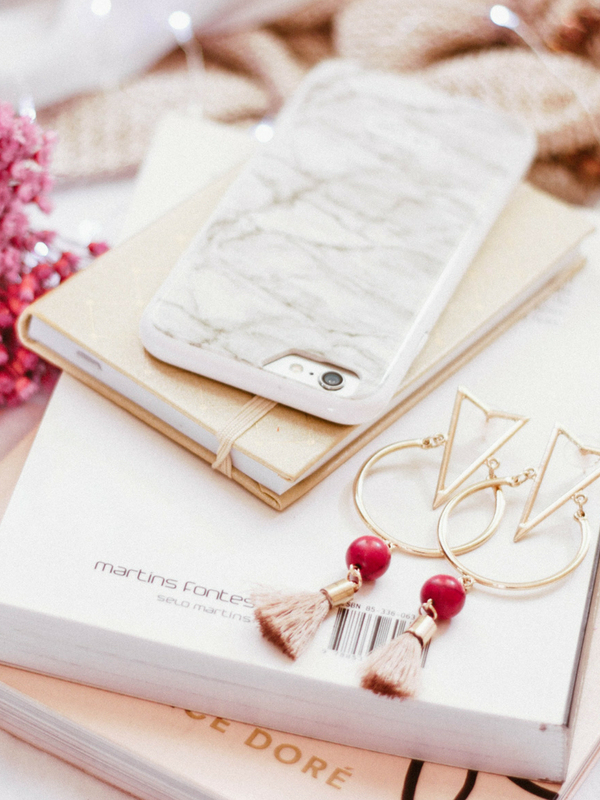 Top-10 Secrets of Stylish Women: Keep reading to learn 10 tips to stay stylish - effortlessly   Ioanna's Notebook