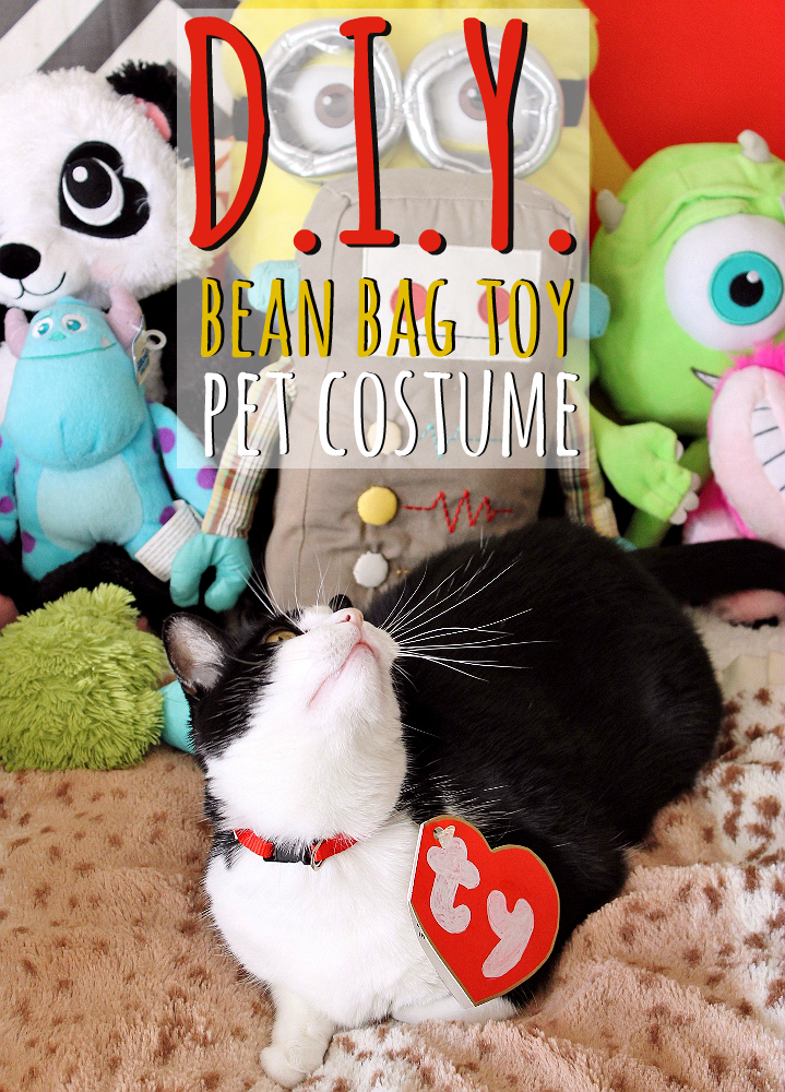 D.I.Y. Bean Bag Toy Pet Costume Tutorial! Grab all of your supplies and LARGE Hershey's variety candy bags at Walmart! #TrickOrSweet (ad)